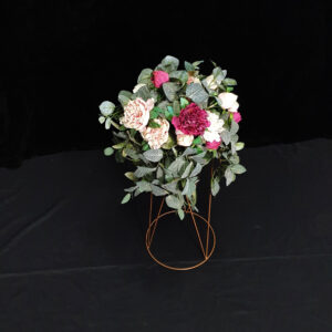 ruby centrepiece stand table styling