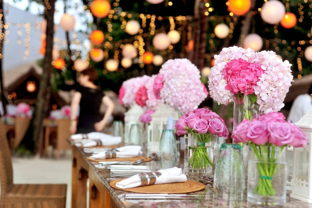 wonderful world of flowers | flower styling for events